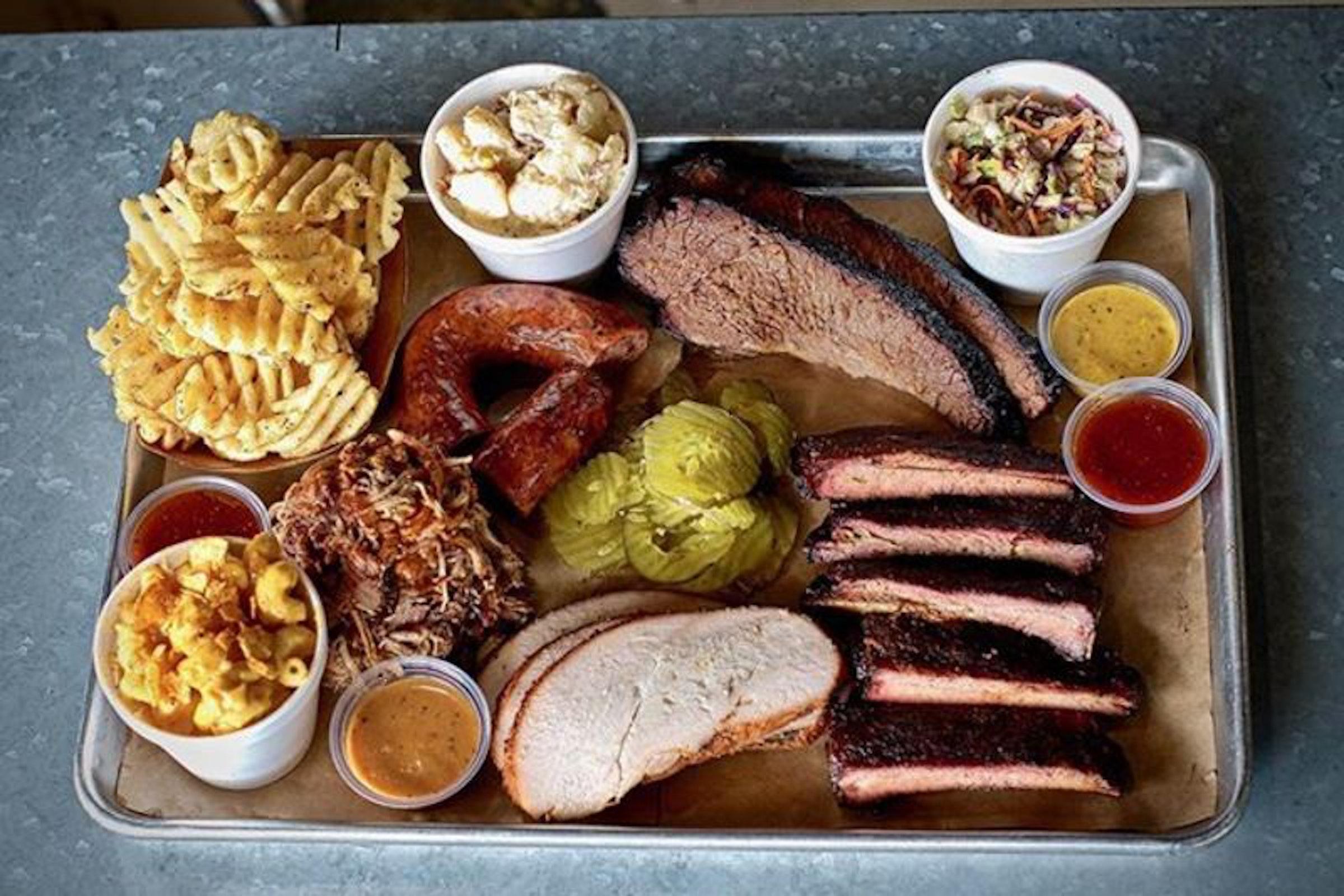 Ferris Wheelers Backyard & BBQ in Beyond Dallas