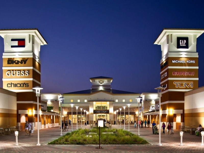 Grand Prairie Premium Outlets Grand Prairie Tx 75052 Visit Dallas