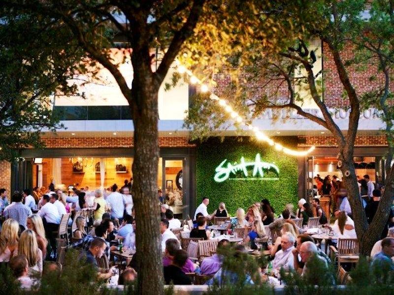 Saint Ann Restaurant & Bar in Victory Park
