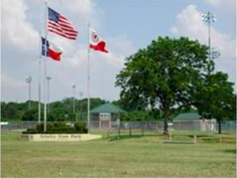 Trinity View Park in Irving