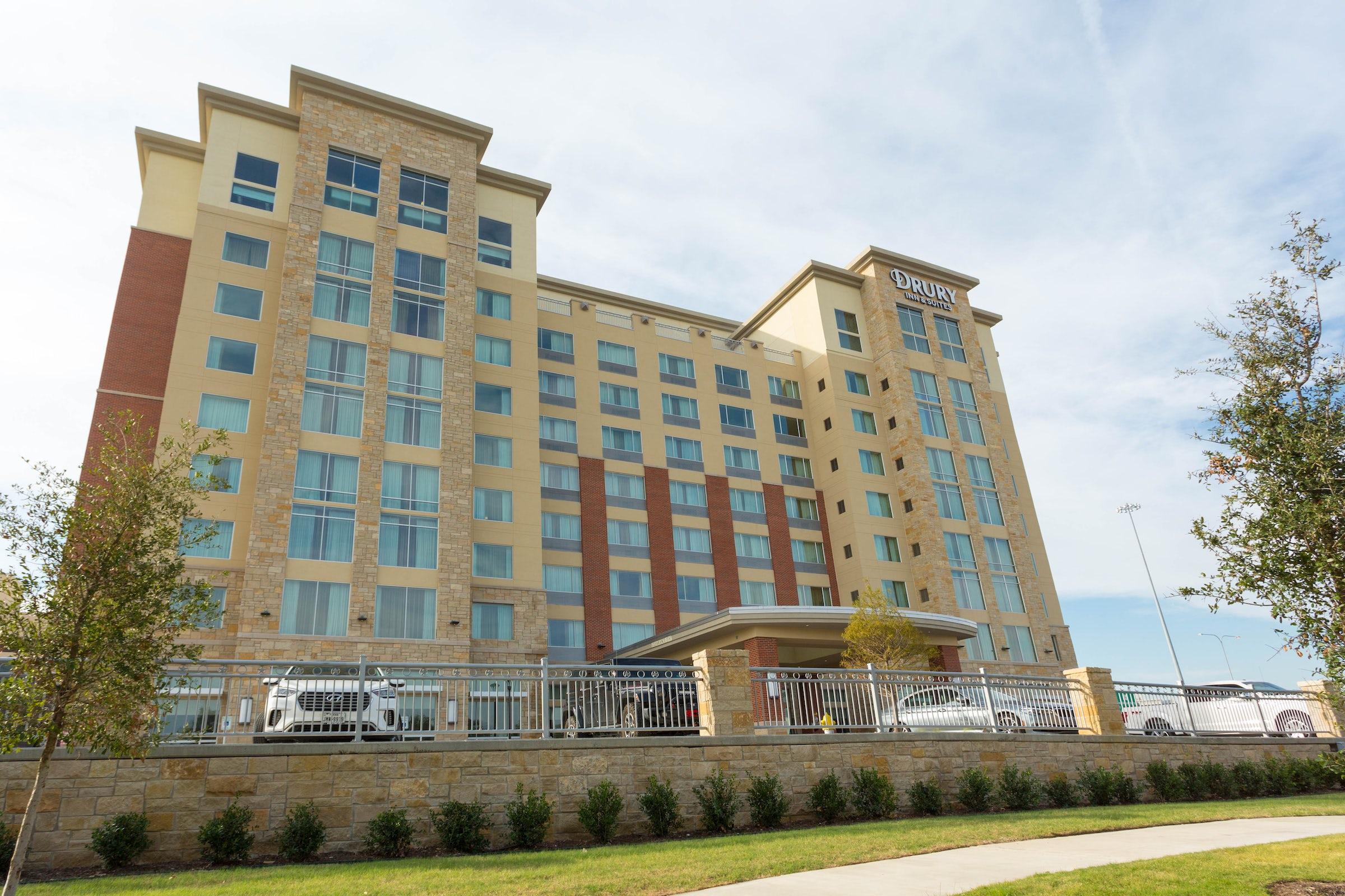 Drury Inn & Suites Frisco in Beyond Dallas