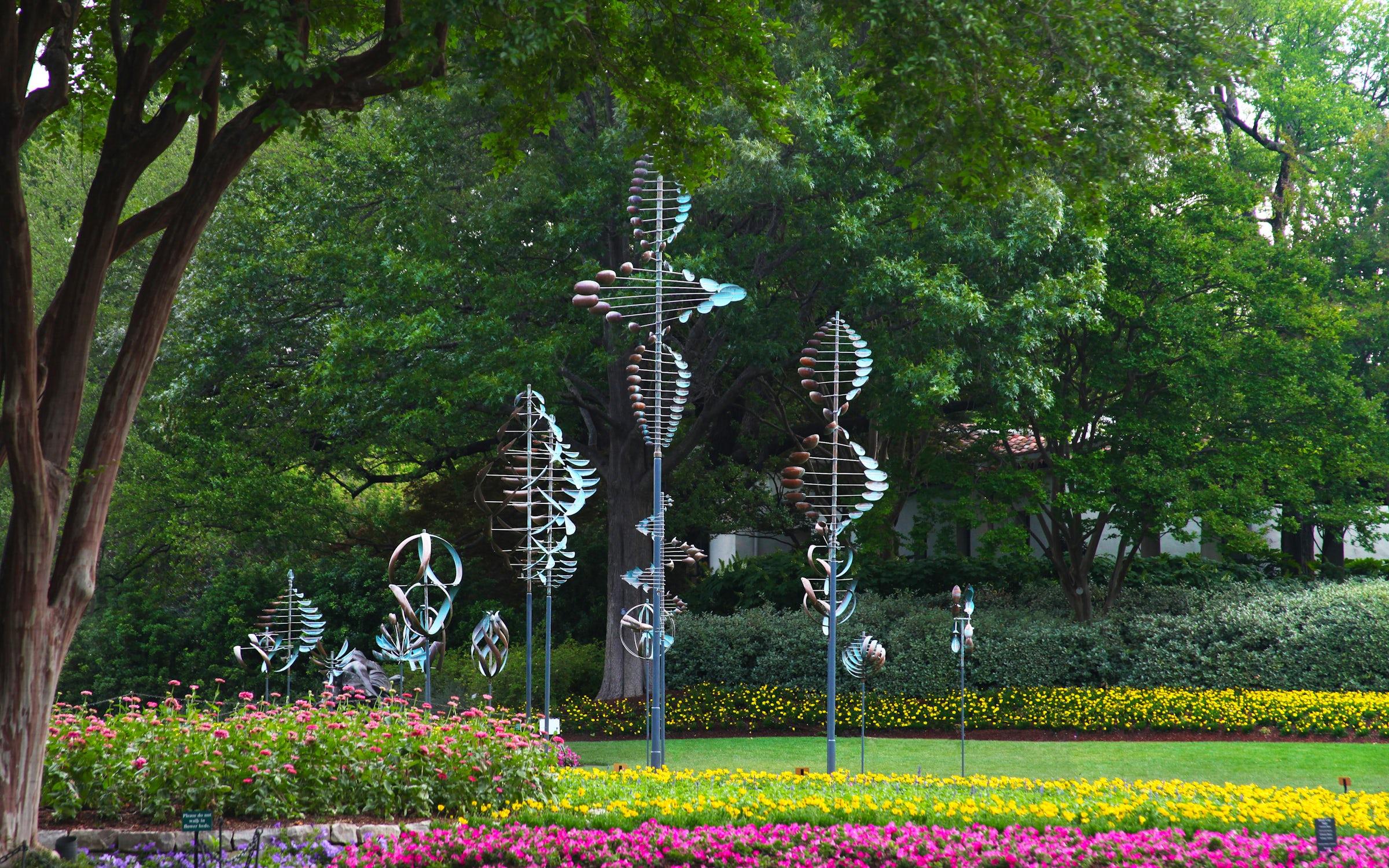 Dallas Arboretum and Botanical Garden in Beyond Dallas