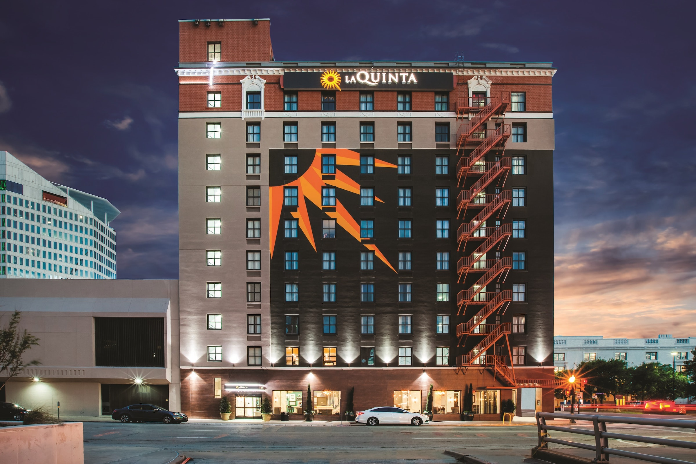 La Quinta Inn & Suites Dallas Downtown in Beyond Dallas