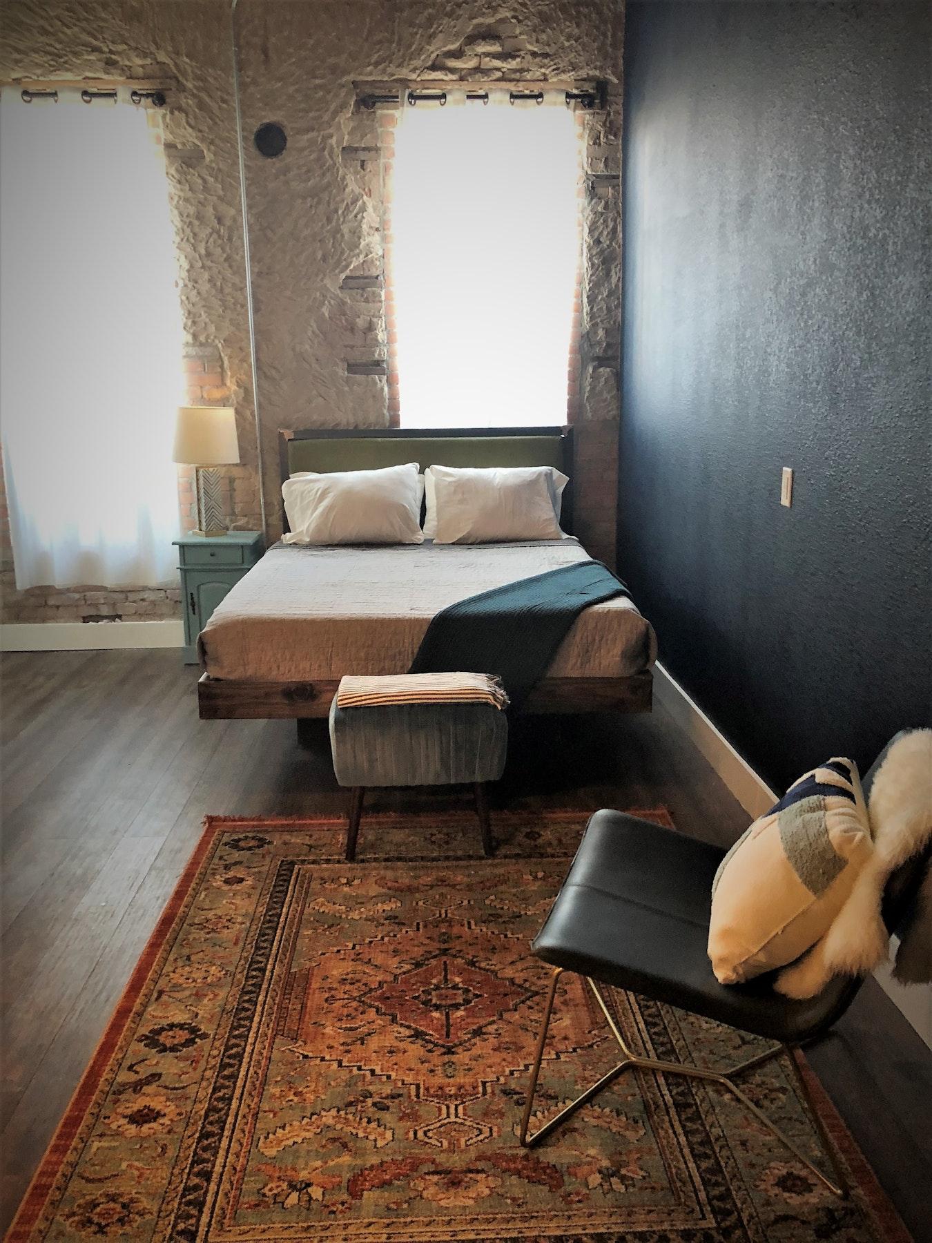 Deep Ellum Hostel in Beyond Dallas