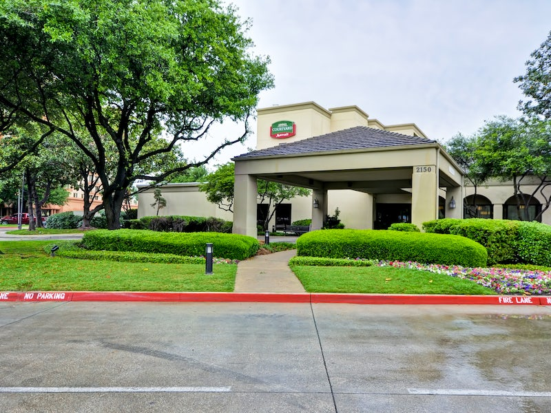 Courtyard by Marriott Dallas Medical/Market Center in Far West Dallas