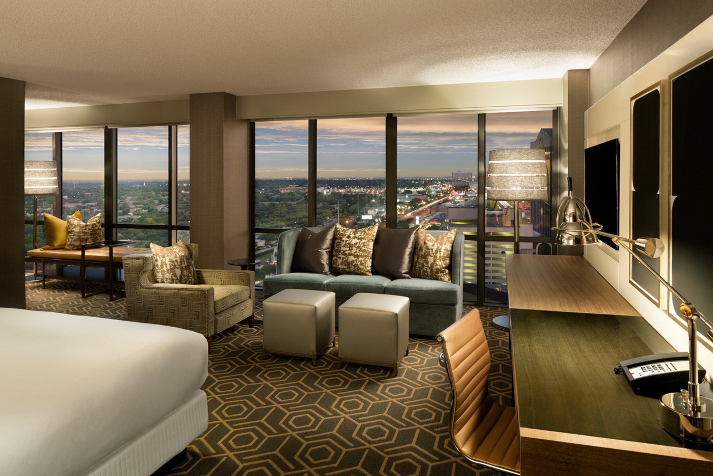 DoubleTree by Hilton Dallas Campbell Centre in Beyond Dallas