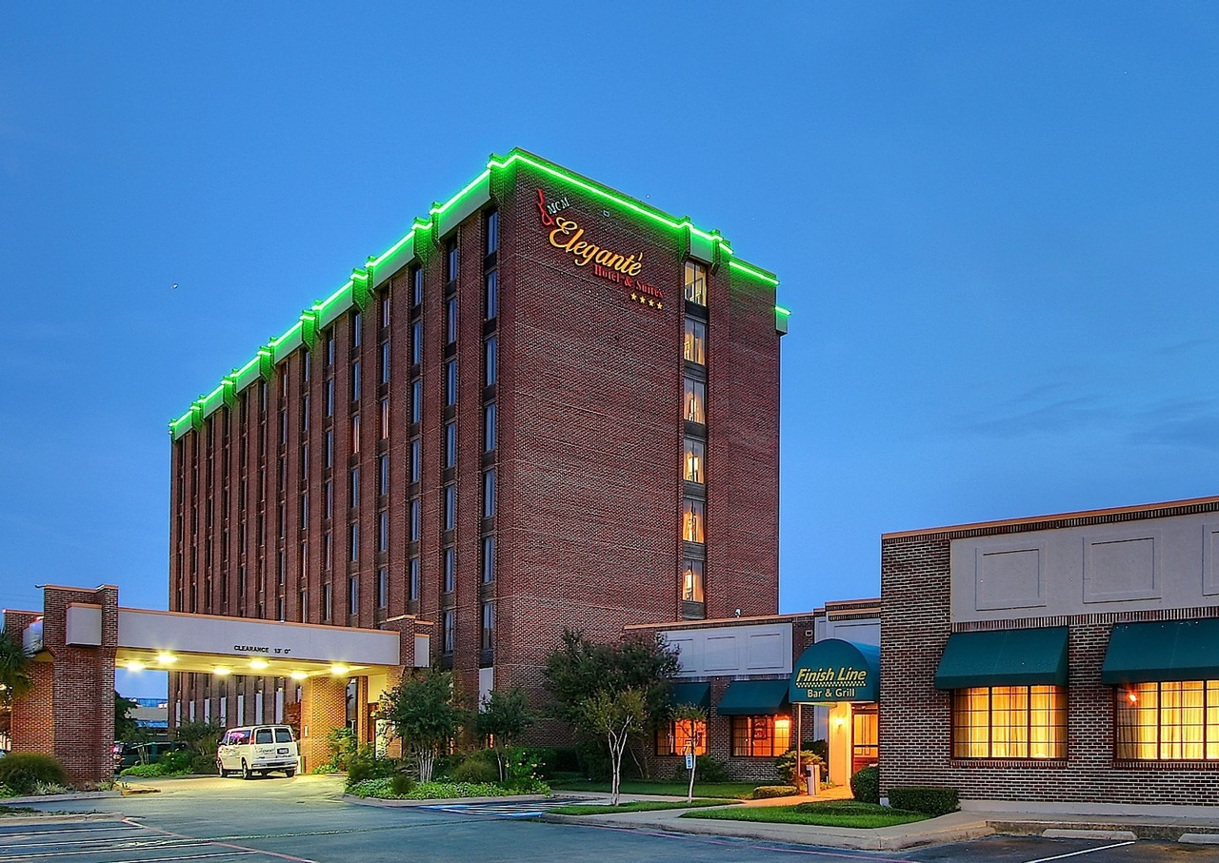 MCM Elegante Hotel & Suites in Beyond Dallas