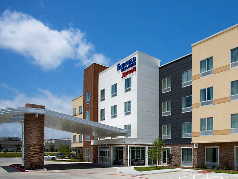Fairfield Inn & Suites Dallas West I 30 in Beyond Dallas