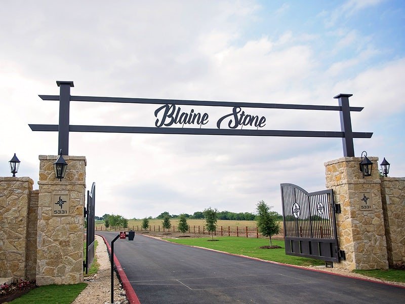 Blaine Stone Lodge/Tex-Plex Park in Beyond Dallas