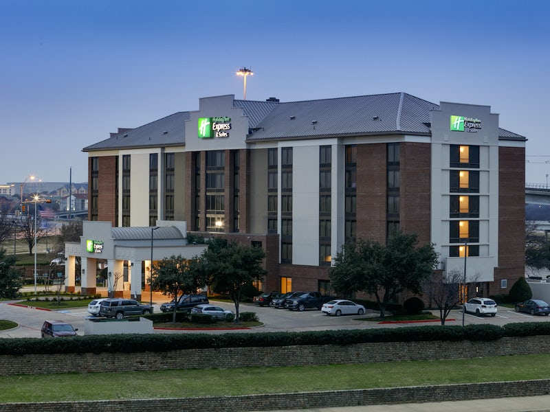 Holiday Inn Express Irving Convention Center Las Colinas in Beyond Dallas