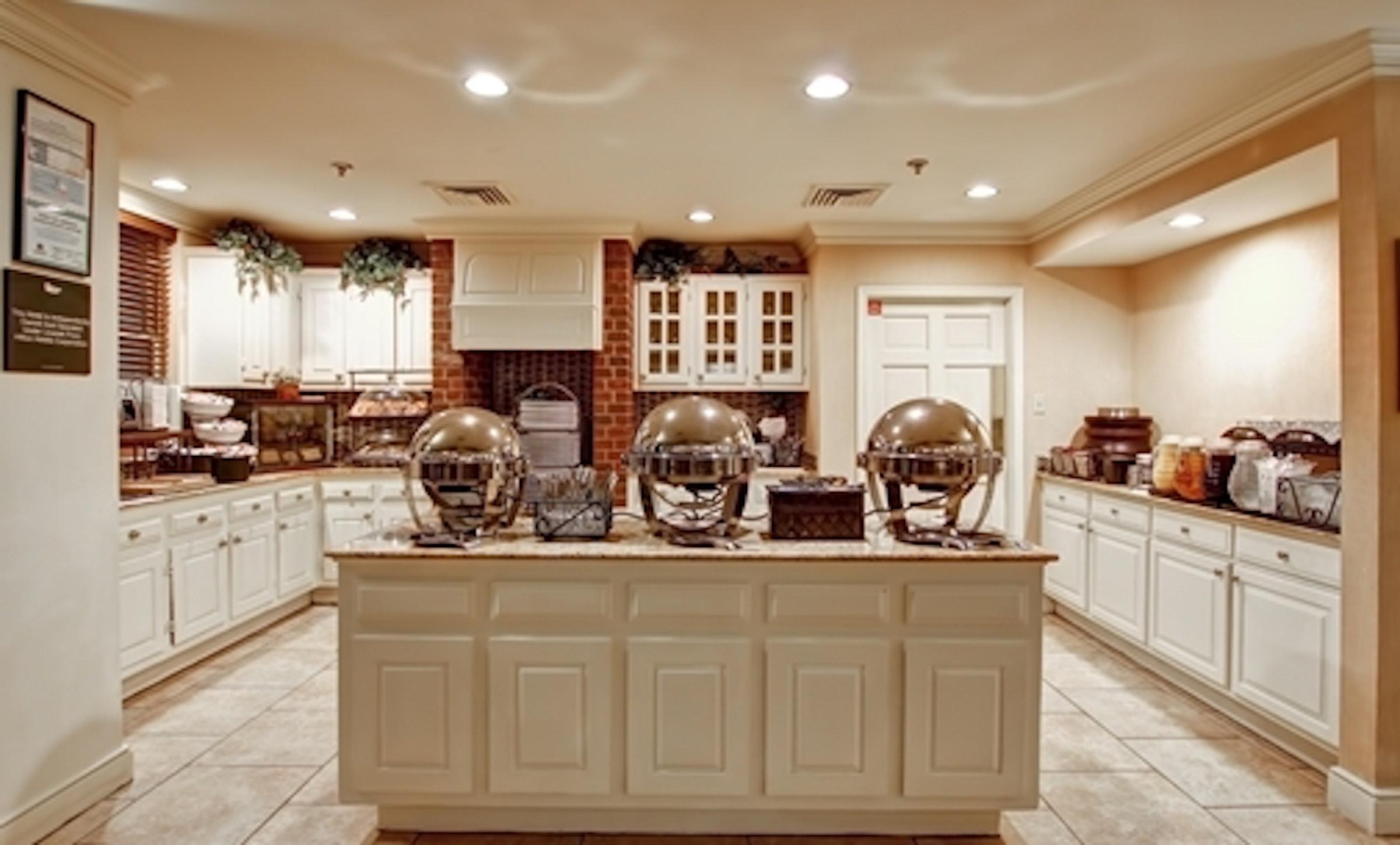 Homewood Suites by Hilton Dallas Addison in Beyond Dallas