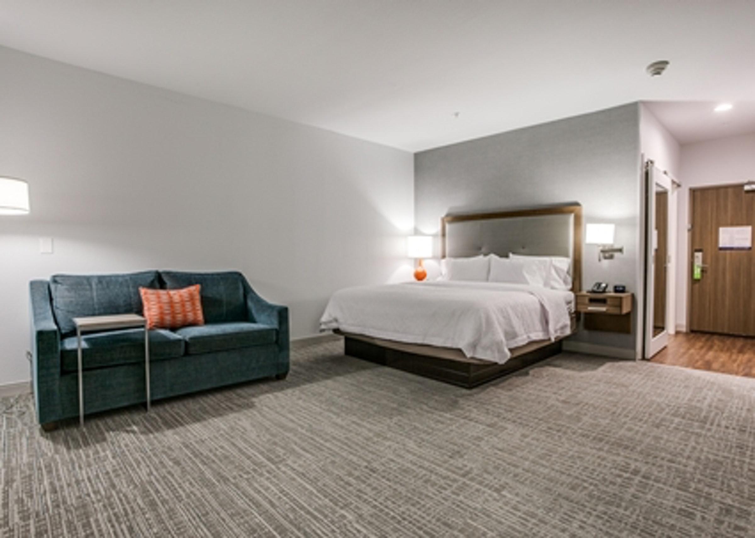 Hampton Inn & Suites by Hilton Dallas Central/North Park in Beyond Dallas