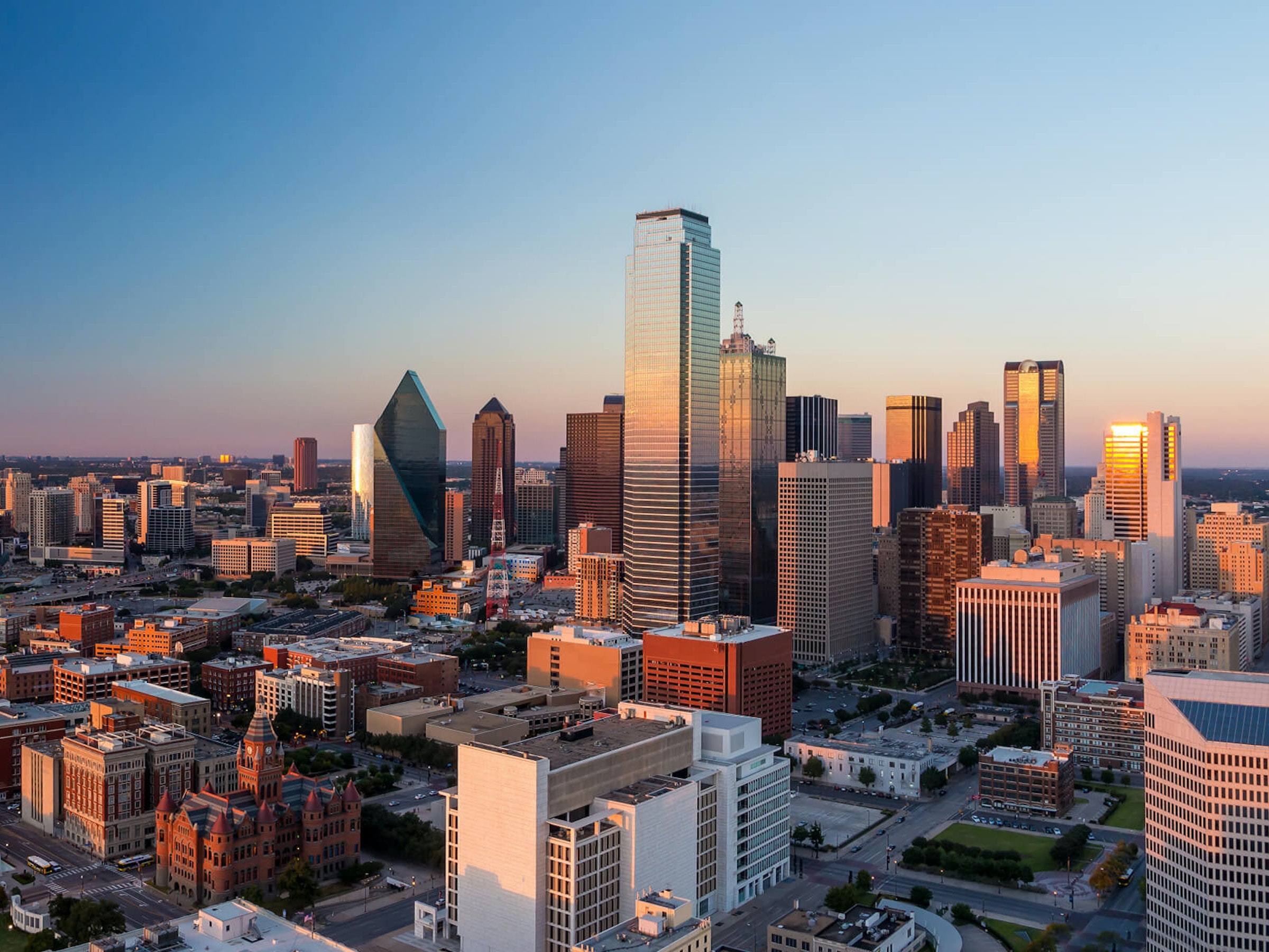 Best DFW Tours in Beyond Dallas
