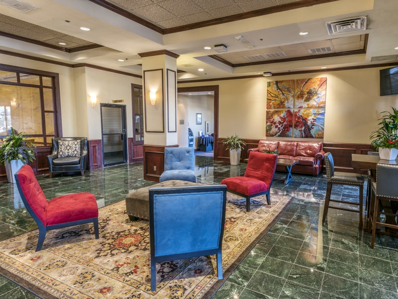 MCM Elegante Hotel & Suites in Beyond Dallas