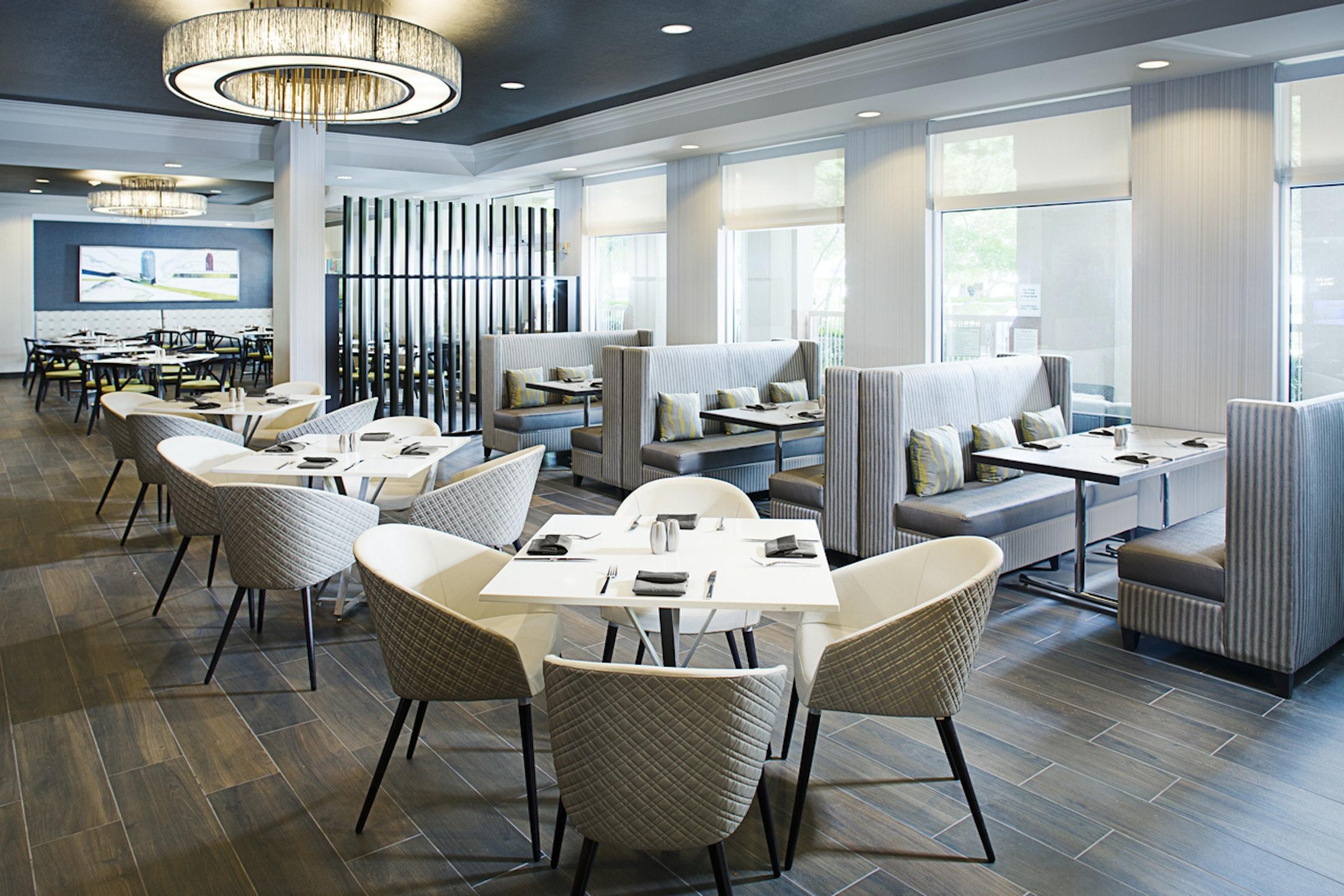 Dallas Marriott Suites Medical/Market Center in Beyond Dallas
