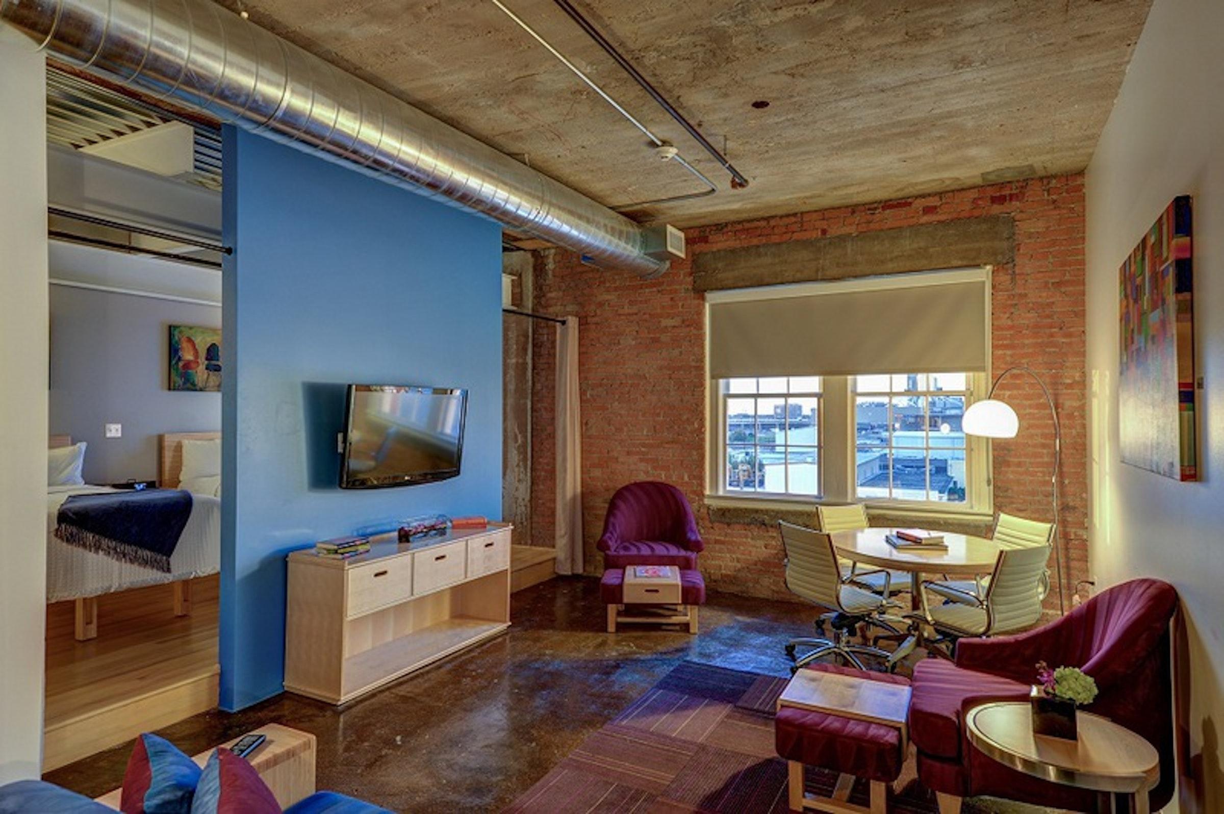 Canvas Hotel Dallas in Beyond Dallas