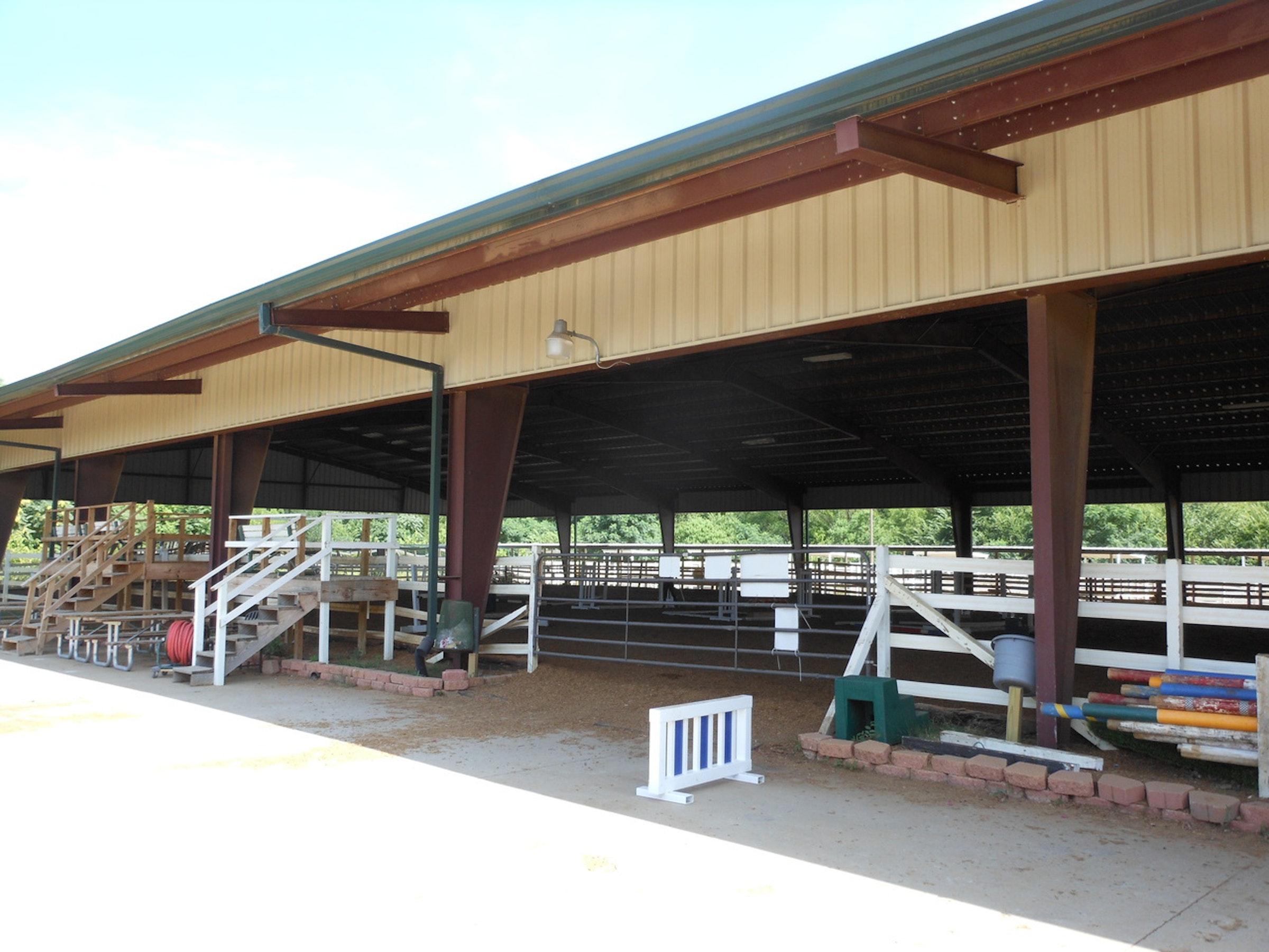 Dallas Equestrian Center in Beyond Dallas