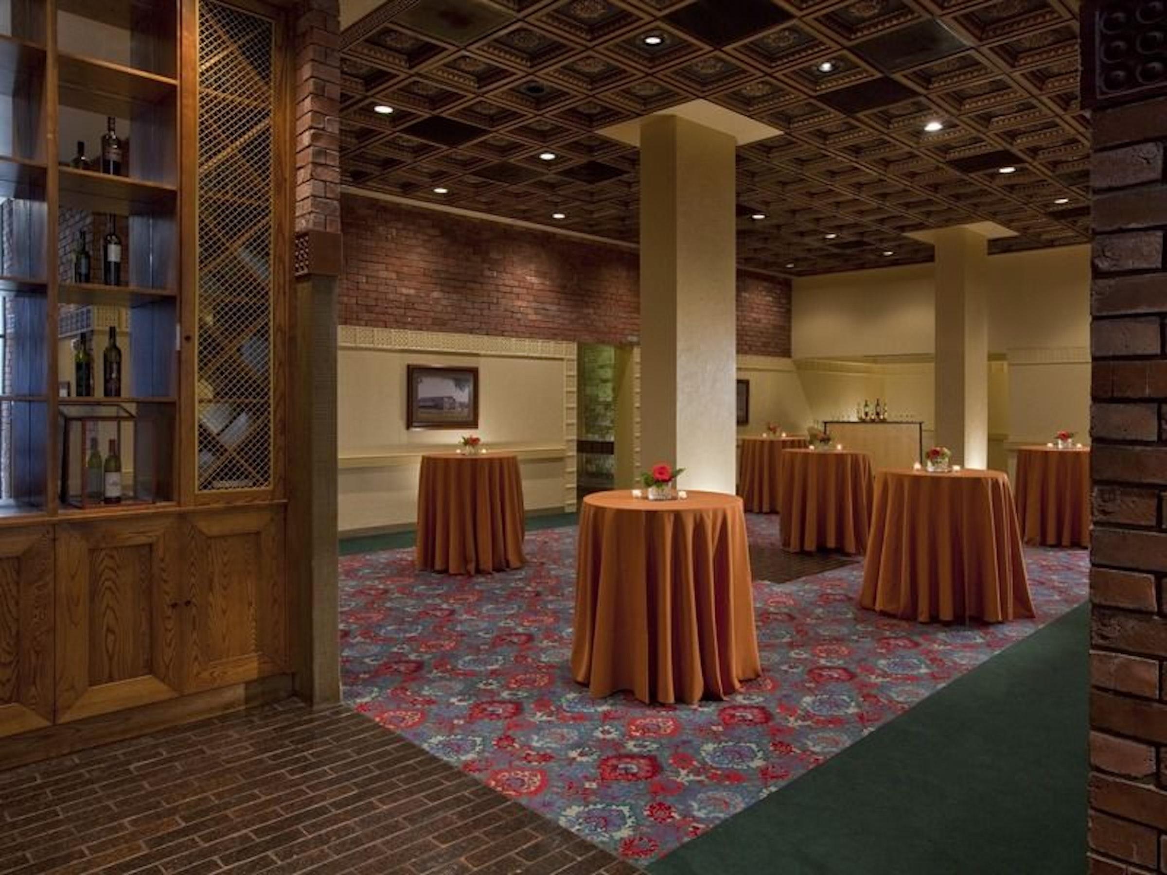 Hyatt Regency DFW Hotel in Beyond Dallas