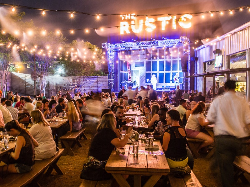 Dallas Nightlife Guide List Of Bars Nightspots Clubs In Dallas