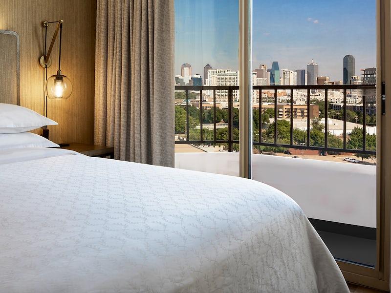 Sheraton Suites Market Center Dallas in Design District