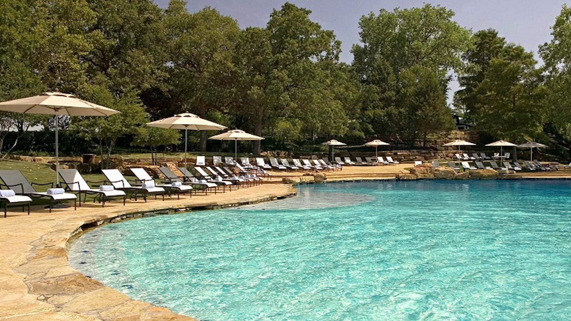 Sheraton Arlington Hotel in Beyond Dallas