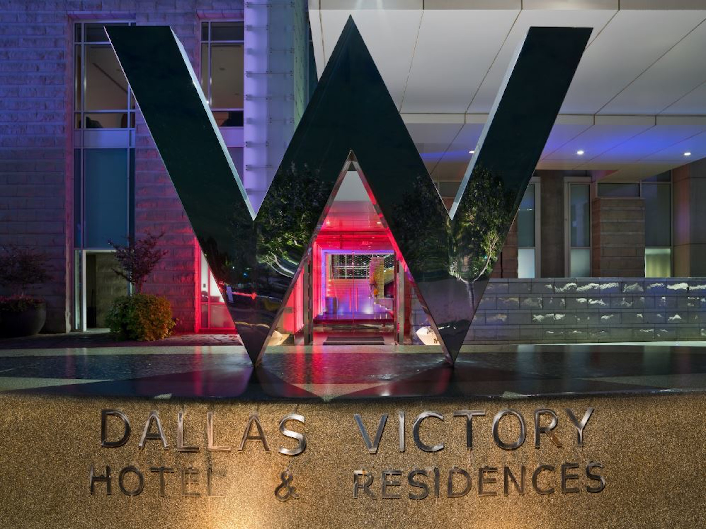 W Dallas - Victory in Beyond Dallas