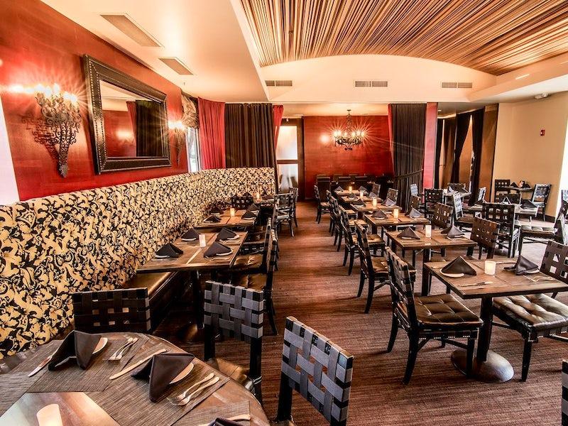 Sambuca Restaurant - Uptown in Uptown (Proper)