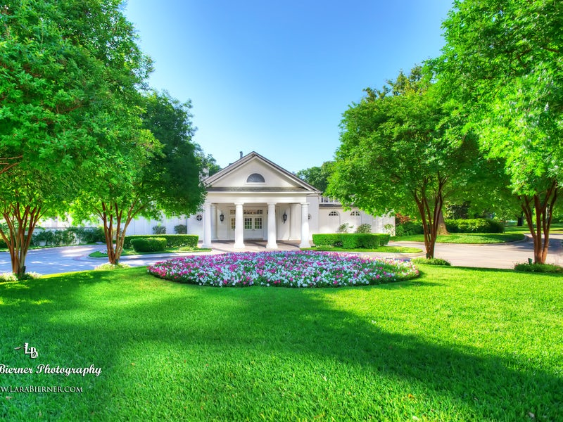 Arlington Hall at Turtle Creek Park in Beyond Dallas
