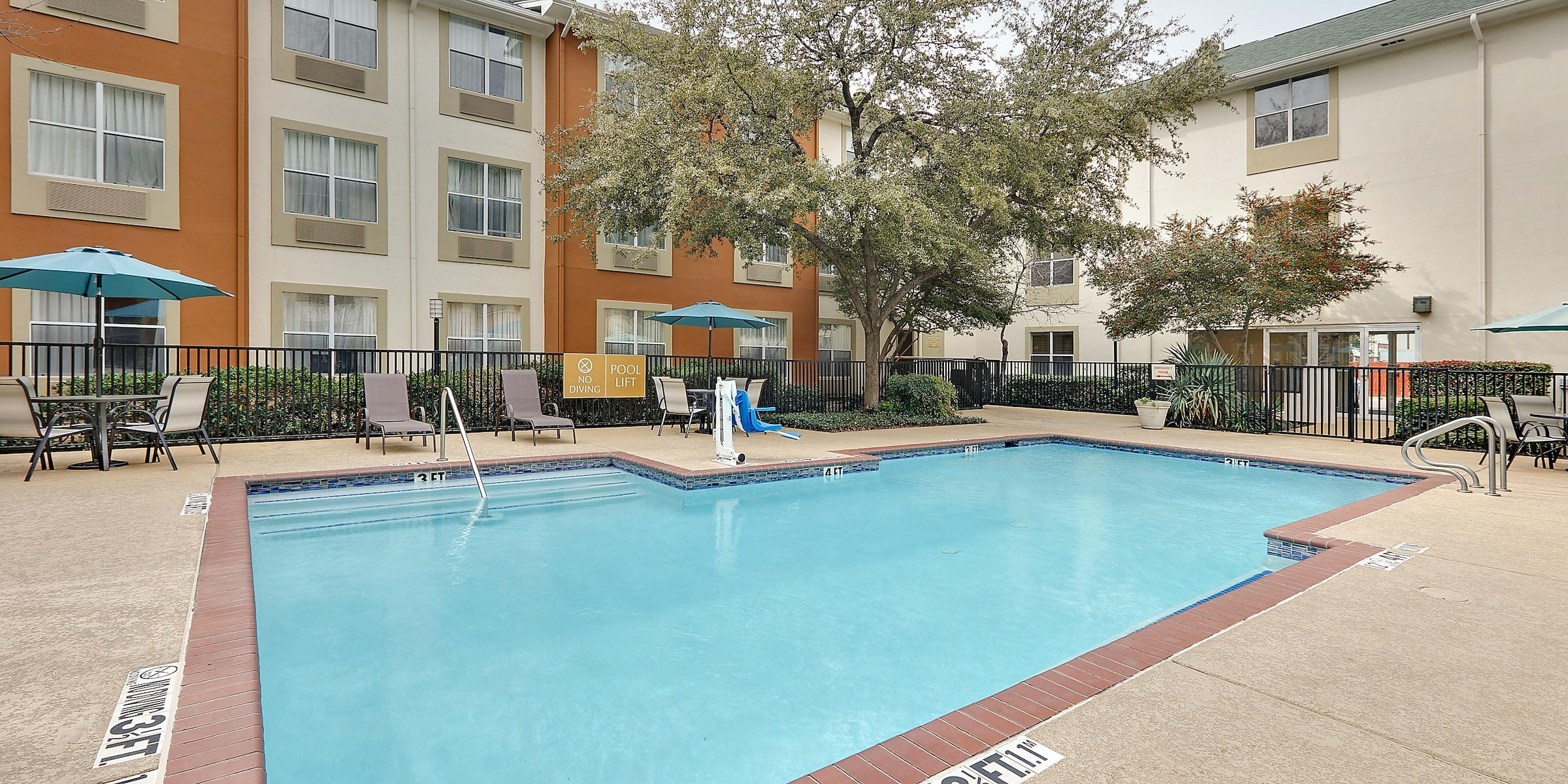 Candlewood Suites Dallas Market Center in Beyond Dallas