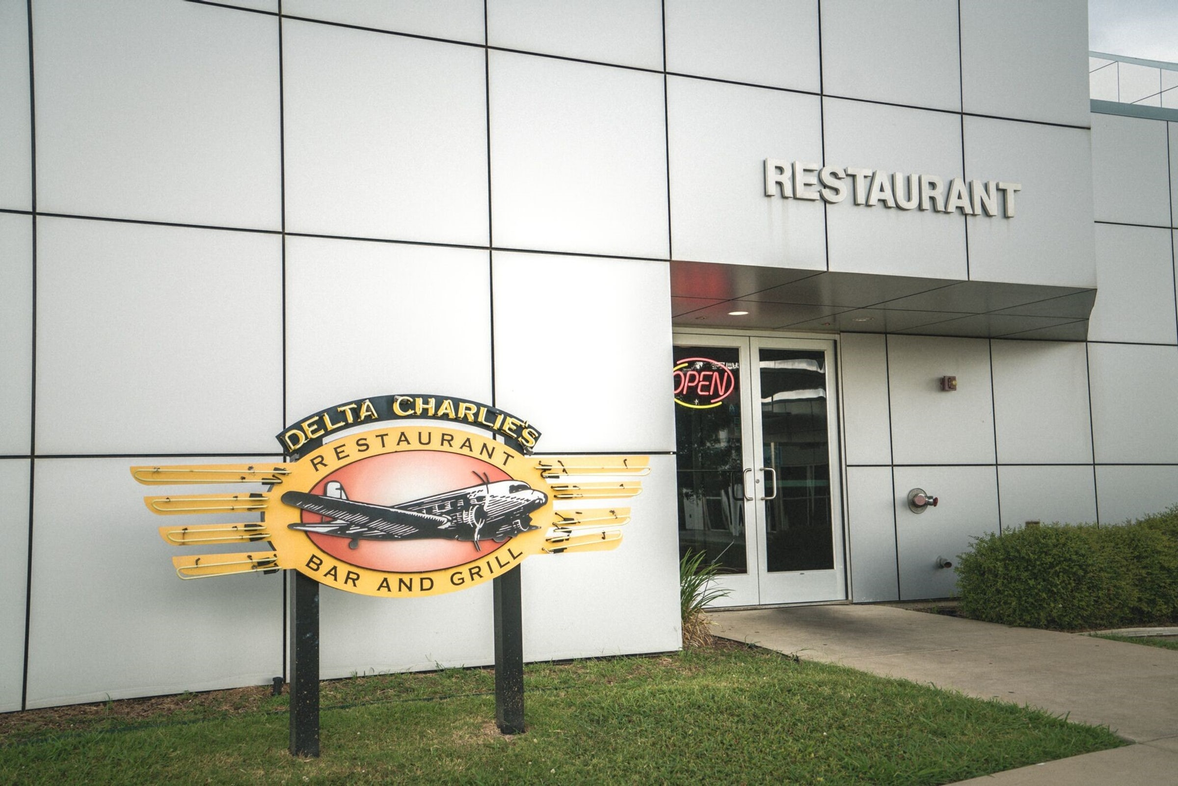 Delta Charlie's Restaurant in Beyond Dallas