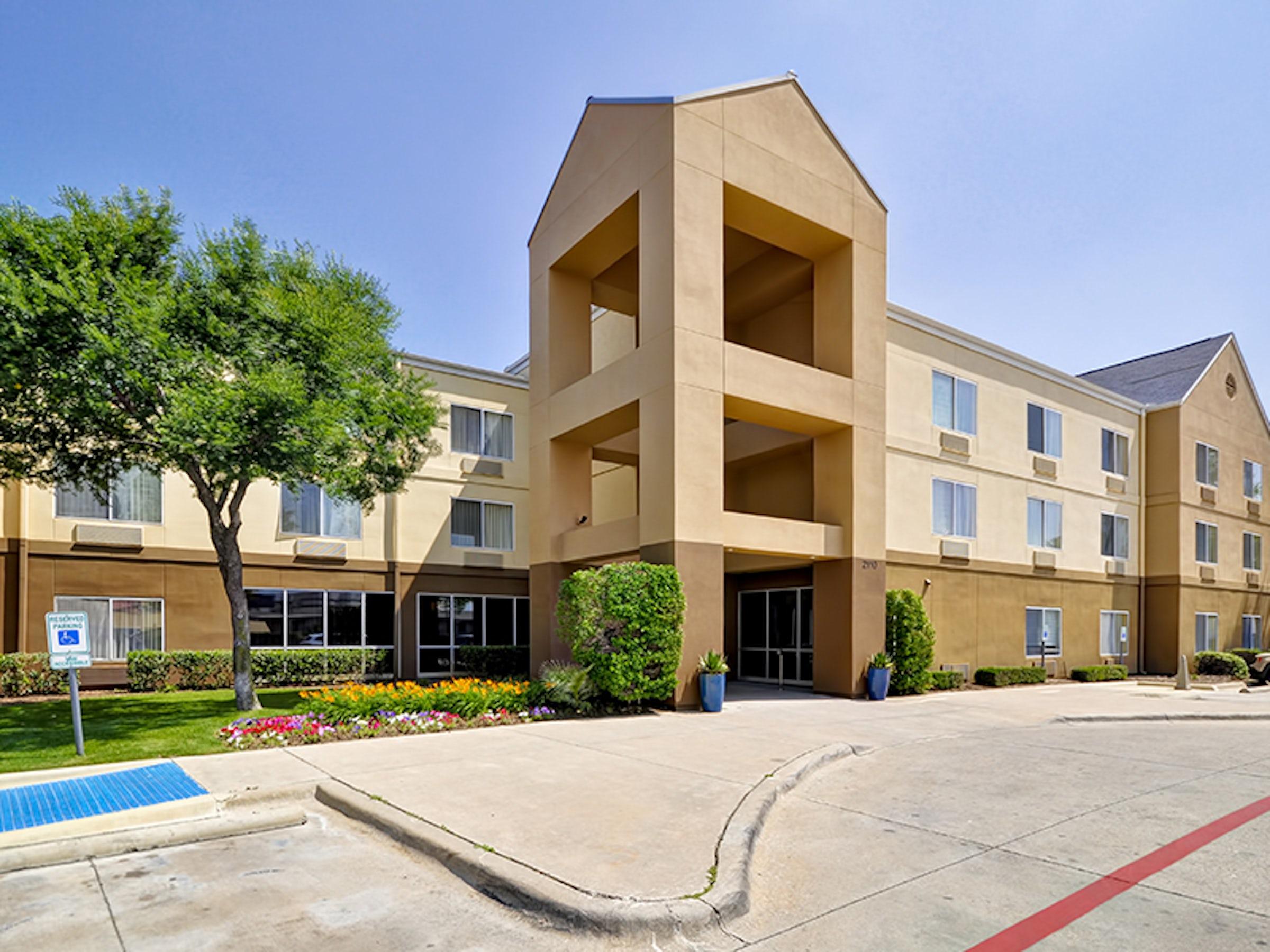 Fairfield Inn & Suites Dallas Medical Market Center in Beyond Dallas