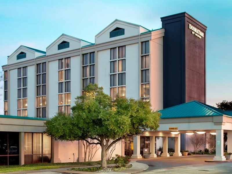 DoubleTree by Hilton DFW Airport North in Las Colinas