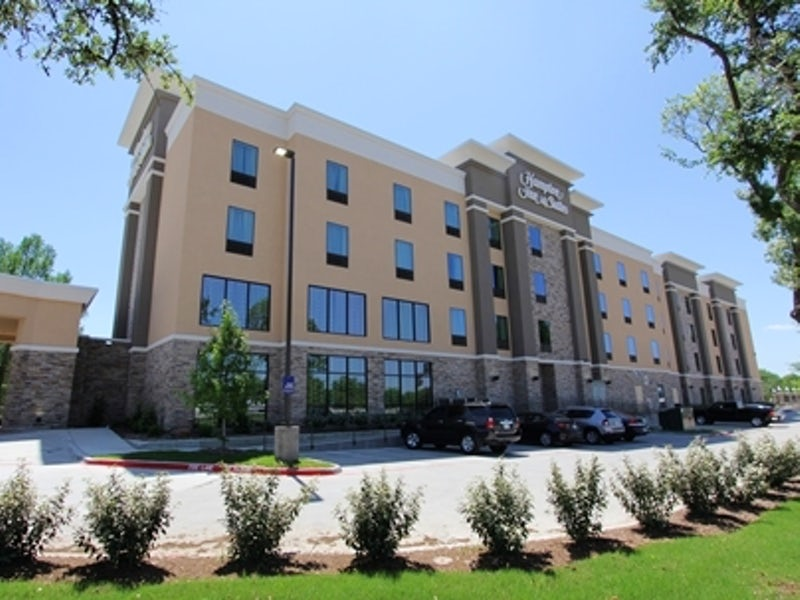 Hampton Inn & Suites Dallas Market Center in Far West Dallas