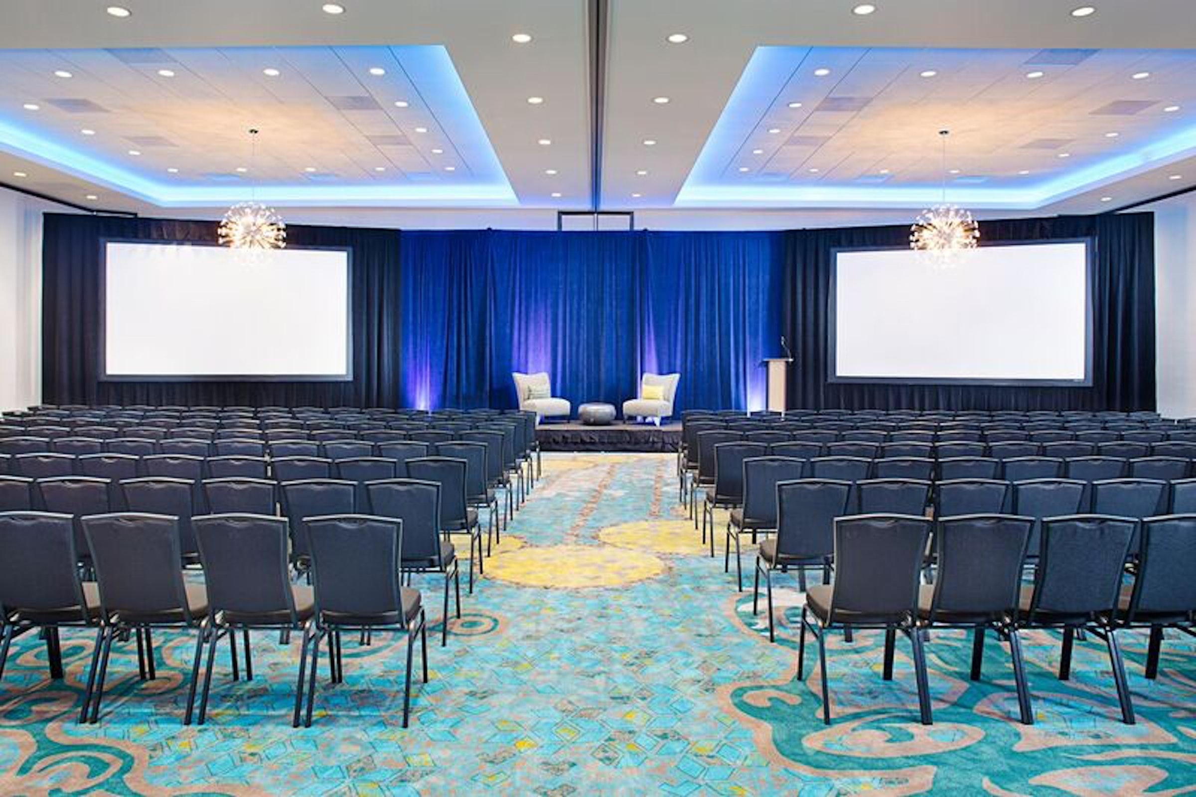 Dallas Carrollton Courtyard and Carrollton Conference Center in Beyond Dallas