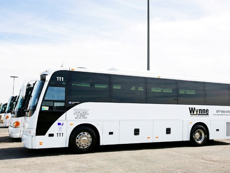 Wynne Sedan & Motorcoach in DFW Airport