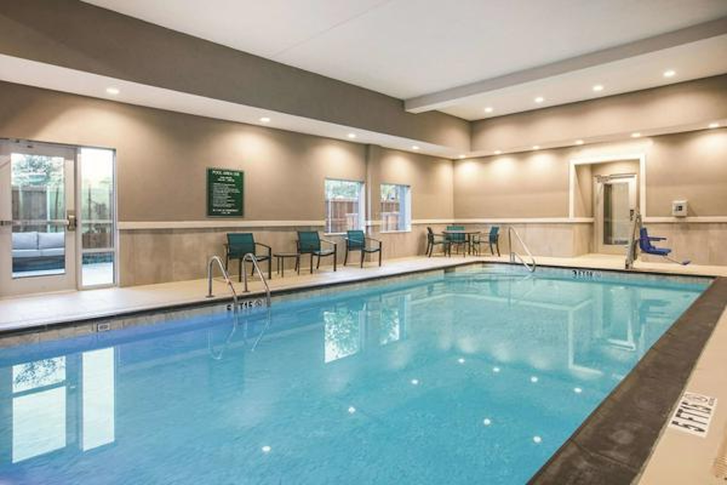 La Quinta Inn & Suites Dallas Richardson in Beyond Dallas